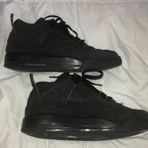 589d87ed501323 Jordan Shoes - Retro Air Jordan 4s - All Black - Boys sz. 6